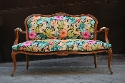http://bungaloweight.sellmojo.com/images/inspiration/mirage couch2643.jpg